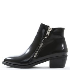 Boots vernis noirs #GalaGonzalezXPimkie #GalaGonzalez