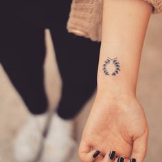 laurel wreath tattoo-23