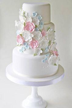 Floral #wedding cake ideas: http://www.weddingandweddingflowers.co.uk/article/330/lookbook-white-wedding-cakes