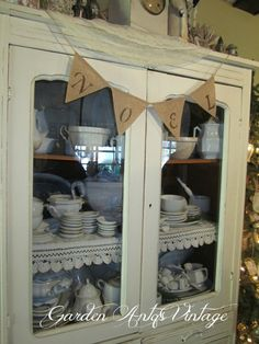 Garden Antqs Vintage: Ann's Magical Christmas