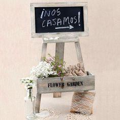Pizarra rustica con caballete y caja para poner flores