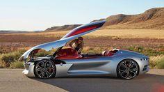 Le Mondial de l'Automobile 2016 a ouvert ses portes ce vendredi à Paris. L'occasion pour les amateurs de belles carrosseries de venir admirer les bolides de demain. Et c'est la marque française Renault qui a le plus surpris, en dévoilant son nouveau concept-...