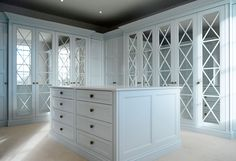 Get the ideal wardrobe for your room with our High-End Fitted Wardrobes in North London. We create Bespoke Walk In Wardrobes in North London. Fitted Wardrobe Doors, Fitted Wardrobe Design, Wardrobe Door Designs, Mirrored Wardrobe, Walk In Wardrobe, Closet Designs, Handmade Fitted Wardrobes, Bespoke Wardrobes, Empire Design