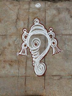 Easy Rangoli Designs Videos, Rangoli Designs Latest, Simple Rangoli Designs Images, Rangoli Designs Flower, Rangoli Border Designs, Rangoli Designs Diwali, Rangoli Designs With Dots, Beautiful Rangoli Designs, Free Hand Designs