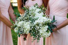 bridesmaid bouquets and bridesmaid dresses