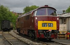 Western Courier in maroon, with small yellow warning panel Power type Diesel hydraulic Builder British Railways' Swindon and Crewe Buses And Trains, Old Trains, British Rail, Diesel Locomotive, Travel Posters, Liverpool, Westerns, Severn Valley, Transportation