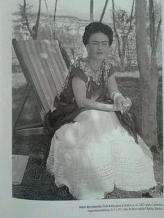 #Frida #Kahlo #icon #artists
