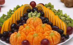 #ГОТОВИМ ДОМА #фруктоваяНарезка #прадничныйСтол Fruit Recipes, Baby Food Recipes, Appetizer Recipes, Cooking Recipes, Cooking Tips, Fruit Platter Designs, Fruit Buffet, Fruit Trays, Edible Fruit Arrangements