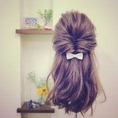 『くるりんぱ』で簡単くずし感♡ふんわり華やか*ズルイくらい可愛いヘアアレンジに注目!にて紹介している画像