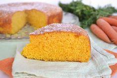 Buondì, questa di oggi è una delle Torta di carote più buone che io abbia mai assaggiato. La particolarità di questa torta sta nell'aggiunta di carote lesse