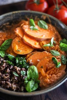 This Rawsome Vegan Life: STEAMED SWEET POTATOES with WILD RICE, BASIL + TOMATO CHILI SAUCE