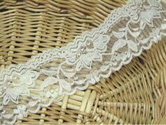 White Flower elastischer Spitze Trim (BSTR021) von Sewing Tale auf DaWanda.com