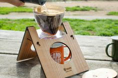 Camping Style, Diy Camping, Coffee Cabinet, Coffee Dispenser, Diy And Crafts, Arts And Crafts, Coffee Equipment, Pour Over Coffee, Car Travel