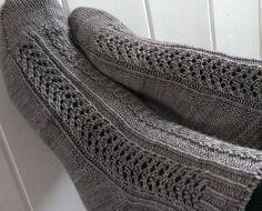 Hoar Frost Louise Tilbrook for Louise Tilbrook Designs 2014 https://www.patternfish.com/patterns/18019-louise-tilbrook-designs-hoar-frost