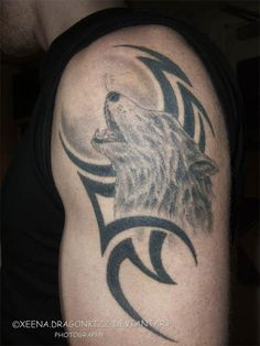 Black Tribal And Howling Wolf Tattoo On Left Half Sleeve : Wolf Tattoos Wolf Tattoo Design, Moon Tattoo Designs, Dragon Tattoo Designs, Wolf Dreamcatcher Tattoo, Tribal Wolf Tattoo, Tribal Sleeve Tattoos, Wolf Tattoos Men, Celtic Tattoos, Tattoos For Guys