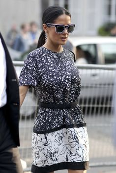 Salma Hayek does black and white #PFW