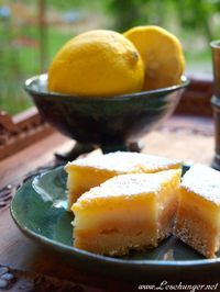 "Inspired by the book series ""A Song of Ice and Fire"". From ""A Game of Thrones"": Sansa's Lemon Cakes / Sansas Zitronenküchlein [Zitronenschnitten - Lemon Bars]"