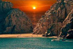 Beautiful Sunset at Cabo San Lucas Beach, Mexico. Beautiful Sunset, Beautiful World, Wonderful Places, Beautiful Places, Beautiful Pictures, Amazing Places, Best Beaches To Visit, Cabo San Lucas Mexico, The Beach