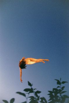by ryan mcginley - Fall Away (Leaves), 2009 / Embodied <3