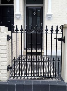 victorian front entry way with black and white tiles fulham chelsea london