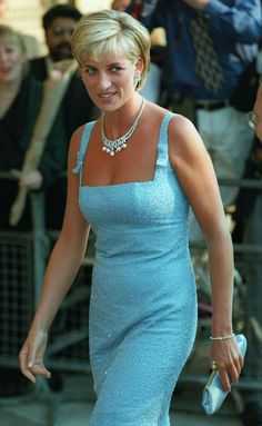 Is a Princess Diana musical headed for Broadway? Princess Diana in 1997 Princess Diana Dresses, Princess Diana Fashion, Princess Diana Family, Princess Kate, Real Princess, Lady Diana Spencer, Style Royal, Estilo Real, Diane