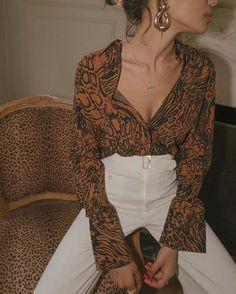 mentions J'aime, 108 commentaires – Lauren Johnson (Lauren Johnson) sur … Fashion Blogger Style, Look Fashion, Winter Fashion, Fashion Fashion, Korean Fashion, Vintage Chic Fashion, Womens Fashion, Fall Fashion Week, Fashion 1920s