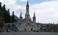 Lourdes : un pèlerinage sous haute tension - https://www.isogossip.com/lourdes-pelerinage-haute-tension-17970/