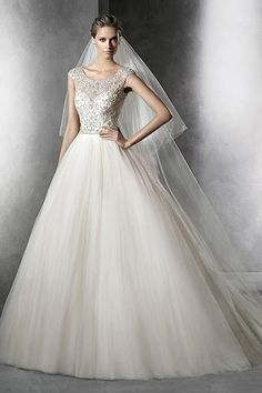 Wedding gown by Pronovias.