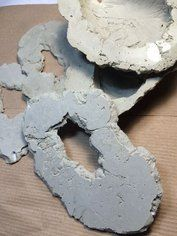DIY Giant Concrete Geode - Made By Barb - Simple step by step instructions to cast, paint and add crystals to create huge geodes and gem artifacts Create your own amazing faux geodes out of concrete, acrylic inks, and glass crystals. Cement Art, Concrete Crafts, Concrete Art, Concrete Projects, Resin Crafts, Resin Art, Art Projects, Projects To Try, Diy Y Manualidades