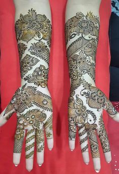 Mehendi is an integral part of Indian, South Asian and most Middle Eastern weddings. Mehendi leaves, when applied to skin in paste. Traditional Mehndi Designs, Khafif Mehndi Design, Latest Bridal Mehndi Designs, Full Hand Mehndi Designs, Henna Art Designs, Mehndi Designs 2018, Mehndi Designs For Beginners, Mehndi Design Pictures, Mehndi Designs For Girls