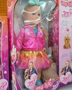 My Life As has a JoJo Siwa doll. Thanks Maxine for letting me use your photo, my Wal-Mart doesn't have it yet. #agig #mylifeas
