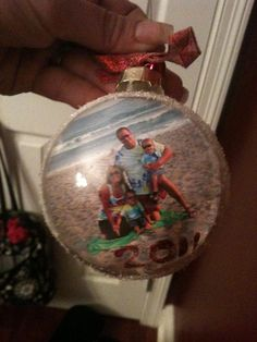 vacation picture ornament