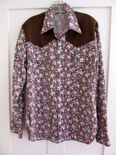 Mens Western Shirt - Floral Print - Brown - Snaps - Mother of Pearl - by stateandmainvintage on Etsy