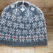 Ravelry: lillebei& snow falling somewhere Ravelry: lillebeis snow falling somewhere Baby Hats Knitting, Lace Knitting, Knitting Socks, Knitted Hats, Knit Crochet, Crochet Hats, Fair Isle Knitting Patterns, Crochet Patterns, How To Purl Knit
