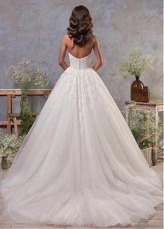 Buy discount Stunning Tulle Off-the-shoulder Neckline 2 In 1 Wedding Dress With Lace Appliques & Detachable Skirt at Magbridal.com