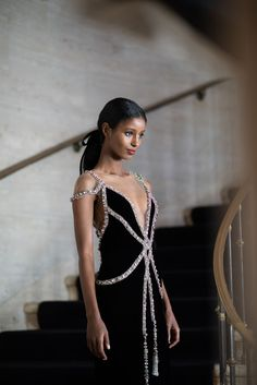 Marchesa Fall/Winter 2019 Behind the Scenes