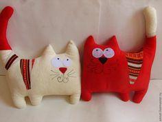 подушки-котейки