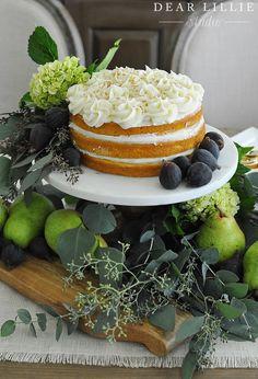 Easy pumpkin cake with cream cheese frosting Pumpkin Cake Recipes, Healthy Cake Recipes, Pumpkin Dessert, Pumpkin Cakes, Köstliche Desserts, Delicious Desserts, Dessert Recipes, Homemade Frosting, Summer Cakes