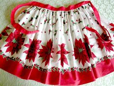 Christmas Apron Vintage by TheSweetBasil on Etsy, $16.00
