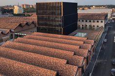 piuarch transforms former aircraft factory into gucci milan headquarters 1920s Architecture, Architecture Design, Armani Hotel, Milan Travel, Gucci, Brick Building, Building Skin, Glass Building, Brick Facade