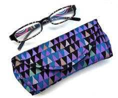 Reading Eyeglass or Sunglass Case with Magnetic by nangatesdesigns