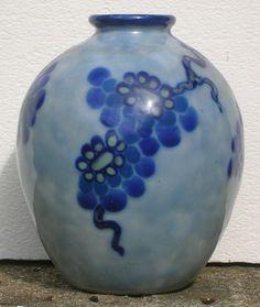 Vase Camille #Tharaud porcelaine de #LIMOGES