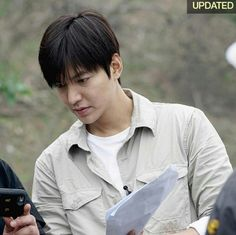 #leeminho  #DMZ_THE_WILD 《LEE MIN HO,THE WILD - DMZ, THE RECORDS OF 500 DAYS》 Will be published in Korea on 7/10