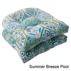 Pillow Perfect Summer Breeze Polyester Tufted Wicker Outdoor Seat Cushions (Set of 2) | Overstock.com