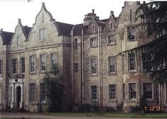 UK, Rotherham, Firbeck Hall -  built in 1594 by William West; in 1935 it was used as a country club; during WW II it was used by Sheffield Royal Infirmary and the Royal Air Force. Closed in 1984, currently privately owned. Said to be haunted by 'the Green Lady'.