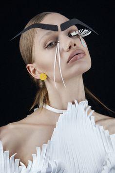Www.instagram.com\graph.art Makeup : Heidi North Photography : Tré & Elmaz Styling : Victoria Barban