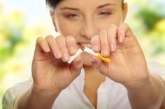 Quit Smoking Tips. Kick Your Smoking Habit With These Helpful Tips. There are a lot of positive things that come out of the decision to quit smoking. You can consider these benefits to serve as their own personal motivation Vicks Vaporub, Health Trends, Health Tips, Health Benefits, Oral Health, Health Care, Anti Tabaco, Smoking Addiction, Quit Smoking Tips
