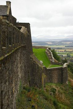 Stirling Castle, Scotland  Crazy to think I was here just a couple months ago, such a beautiful beautiful place