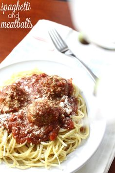 Easy Spaghetti and Meatballs with the New RAGU Homestyle Sauce. #Ad