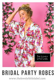 These pretty little bridal party robes have been revolutionising the before shots of weddings everywhere by adding a little bit of personality to your pictures. Whats more, they are actually kind of practical. They are easy to take on and off without comp Bridesmaid Robes, Bridesmaid Proposal, Brides And Bridesmaids, Best Ways To Propose, Umbrella Wedding, Bridal Party Robes, Bridesmaid Inspiration, Floral Kimono, Maid Of Honor